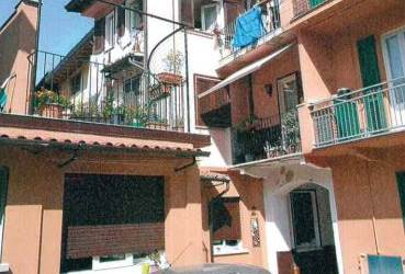 Apartment for Sale in Canzo